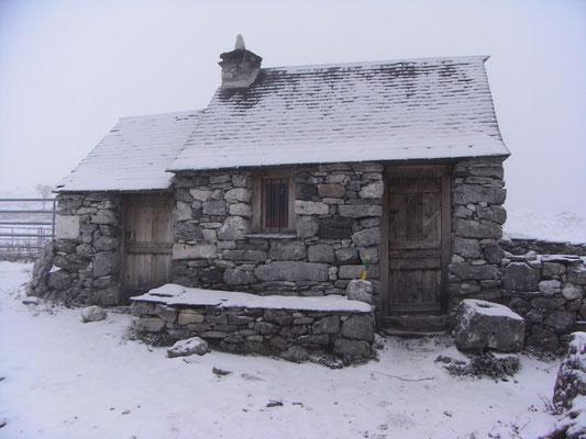 La cabane du Teillet sous la neige!