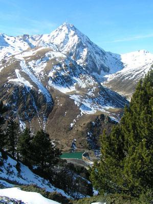 Pic du Midi de Bigorre vu du Serpolet (Janvier 2008)