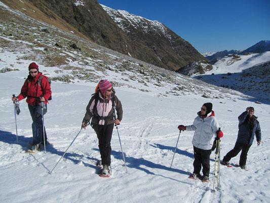 Vallon de Badet janvier 2011 on cherchait la neige!