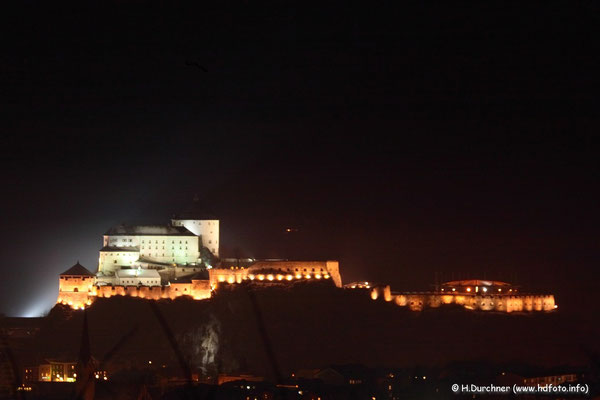 Festung Kufstein bei Nacht