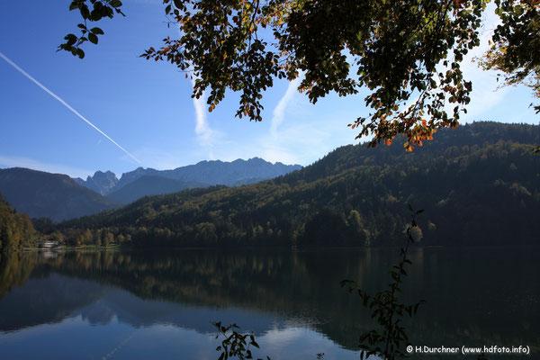 Hechtsee bei Kufstein mit Wildem Kaisergebirge im Hintergrund