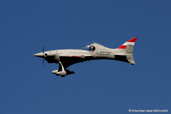 selbstentworfenes Modellflugzeug