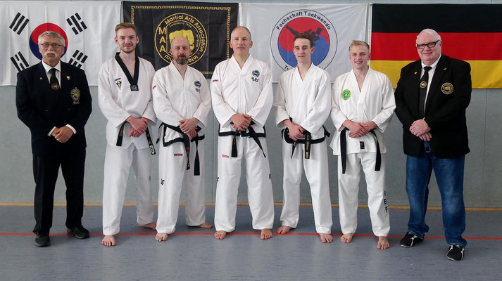 v.l.n.r.: Heinz Hagedorn, Florian Reisch, Thomas Böking, Stefan Isfording, Maik Blömer, Marvin Kottig und Rolf Harder