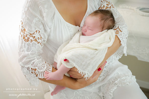 Newborn Foto Shooting Bern