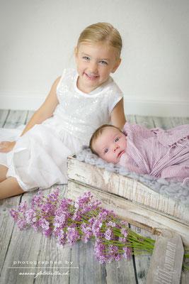 Newborn Geschwister Foto Shooting Bern