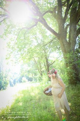 Outdoor Babybauch Foto Shooting Bern