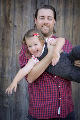 authentische Familien Fotos - Foto Shooting Bern - Familienfotografin