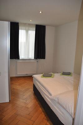 Schlafzimmer 2 Ferienwohnung Langenargen