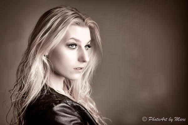 Claudia #1