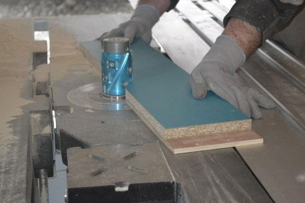 Façade de tiroir en fabrication