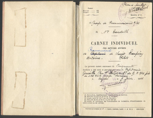 Première page du carnet de vol de Saint Exupéry