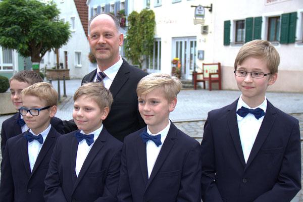 Junge Windsbacher, mit Chorleiter Martin Lehmann