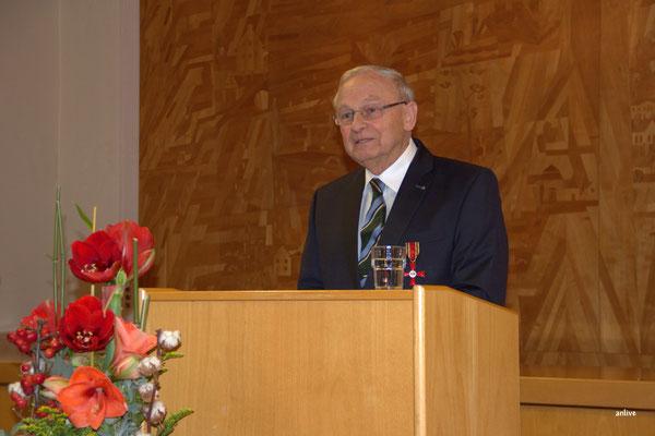 Friedrich Hilterhaus bei seiner Rede.