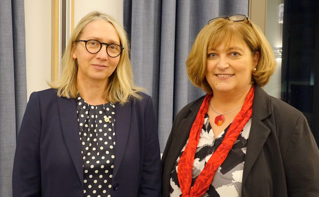 Kathrin Croner, Präsidentin Lions Club Ansbach, Sylvia Bogenreuther