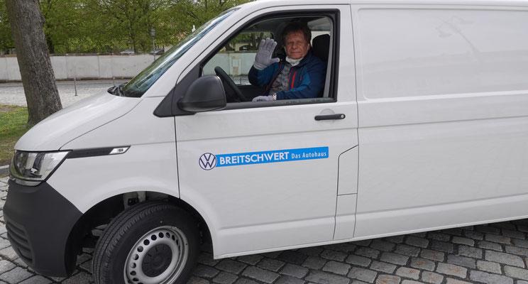 Stefan Salinger, Stadtrat und Alfred Riedel, holten das Modell in Soest, Westfalen ab, mit einem Transporter der Firma BREITSCHWERT!