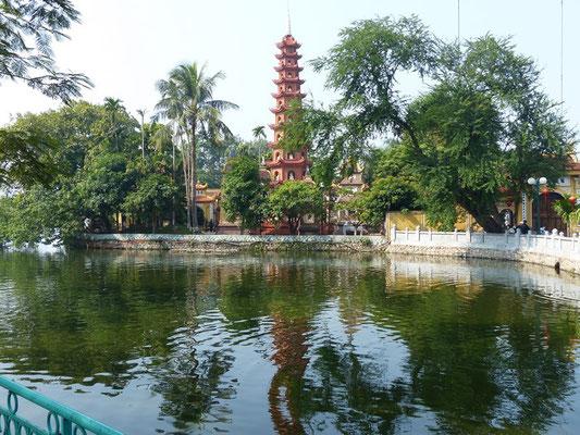 pagode chùa Trấn Quốc