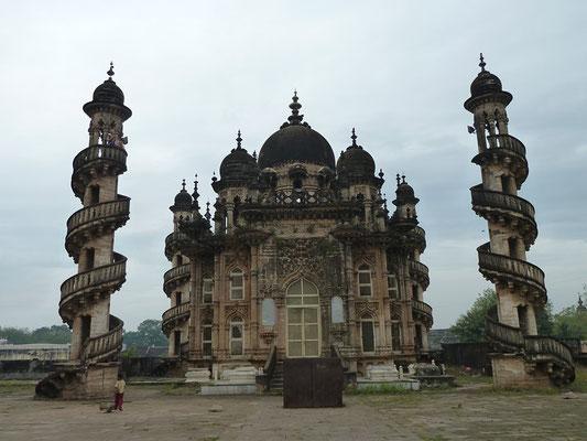 Junagadh - palais Mahabat Maqbara