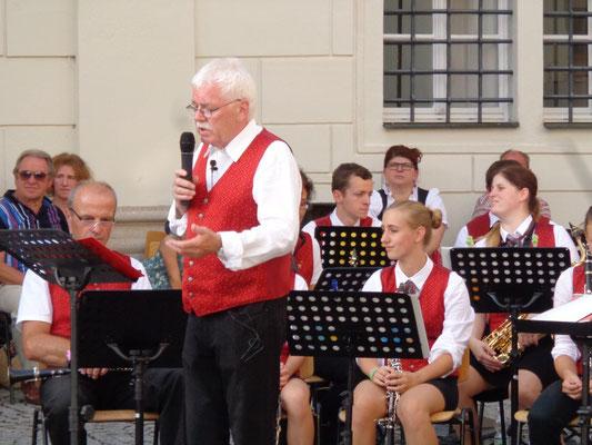Karl Heinz Heimberger - Dirigent und Moderator