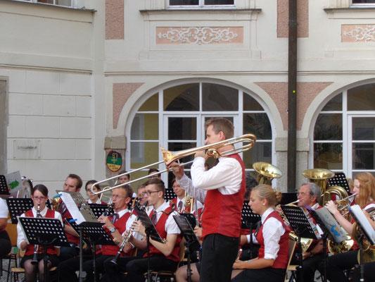 MV Christkindl - Schlosskonzert 2015 - Solist: Martin Schlader
