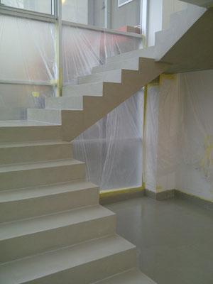 Rivestimenti per scale emilresina pavimenti e allestimenti in resina a scandiano reggio - Resina per scale ...
