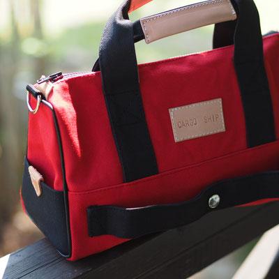 赤と黒のドクターバッグ