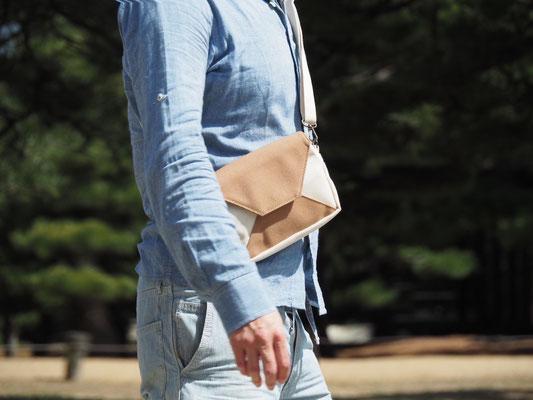 男性用お財布ショルダー