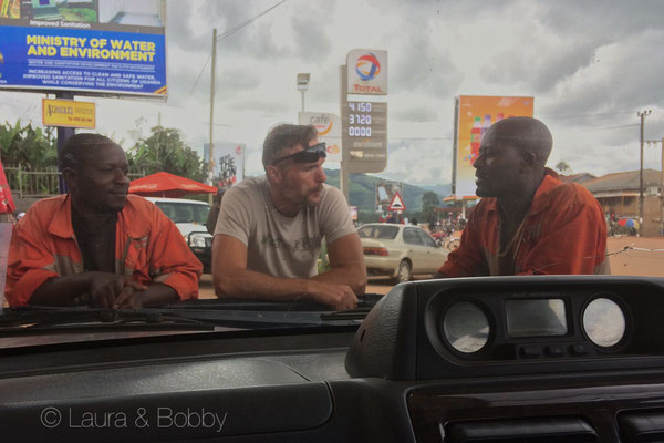 No its ok, I don't need air in my tire, I can't bring you to Kampala and I won't give you money for the taxi. © Bobby