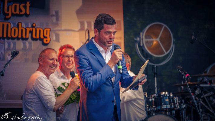 Landeswelle Bühne an der Martinskirche - Ernennung von Mike Mohring zum Ehrenbürger der Stadt