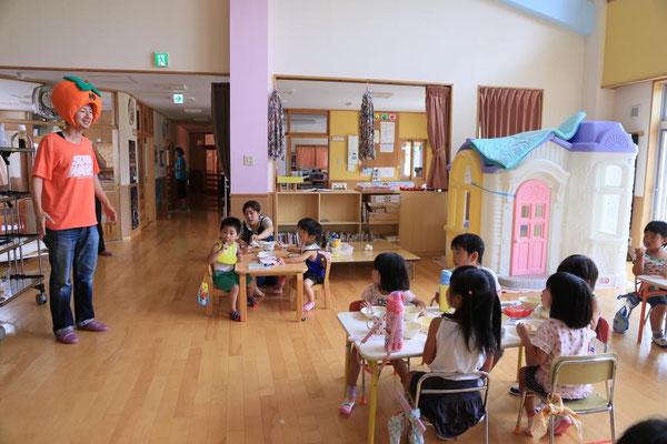 東日本大震災の被災地、大船渡市三陸町のこども園を訪問
