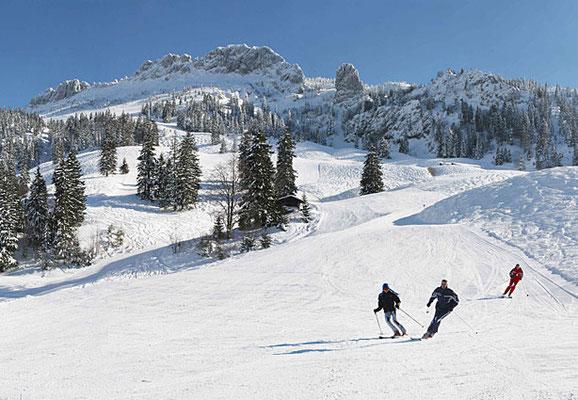 Skierlebnis rund ums Hotel zur Post hier Kampenwand