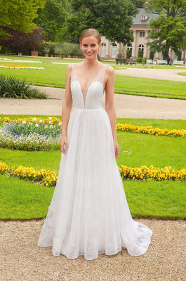 Brautkleid viel Glitzer