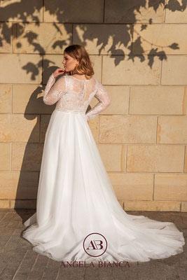 Brautkleid große Größe mit langen Ärmel aus Spitze und Softtüll hinten