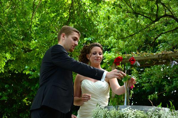 Rituel de la rose  Cérémonie laïque de mariage by Charlotte Vilain