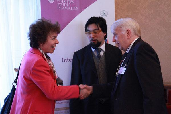 Madame Katérina Sténou, Directrice de la Plate-forme intersectorielle pour une culture de la paix et de la non-violence, UNESCO et Père Hans Vöcking, ancien responsable du CIBEDO