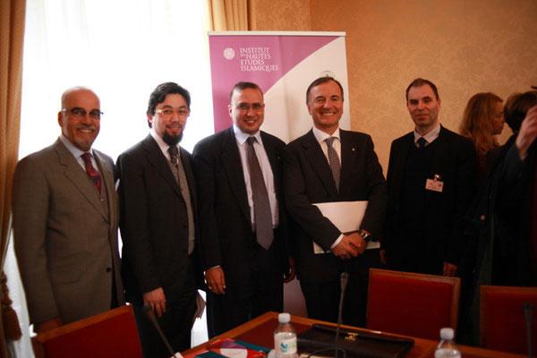 S E Naser al Belooshi, ambassadeur du Bahreïn, Yahyâ Pallavicini, Président de l'IHEI, Abdelilah Benarafa, ISESCO, Franco Frattini, ancien ministre des affaires étrangères italiennes, Bruno Abd al-Haqq Ismaïl Guiderdoni, Diecteur de l'IHEI
