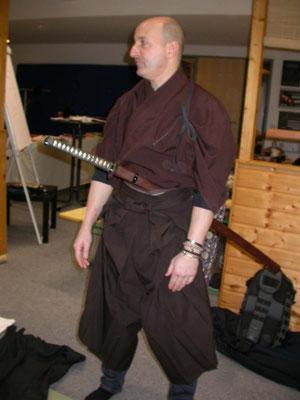 Traditionelle Kleidung des Iaidoka, Hakama und Kimono