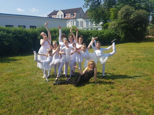 Gruppenbild der PrimeClass Ballett