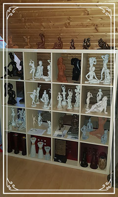 Porzellan, Keramik und Resin Figuren, Buddha Aktfigur