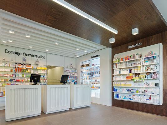 Diseño, proyecto y reforma farmacia Murguía- A Coruña Galicia