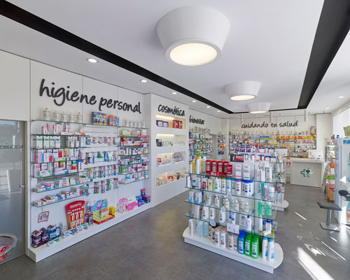 Diseño, proyecto y reforma farmacia Candeán - Vigo Galicia