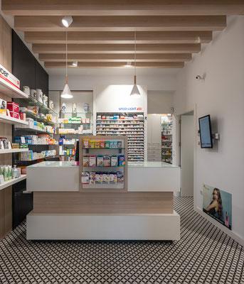 Diseño, proyecto y reforma farmacia Monforte de Lemos, Lugo , Galicia