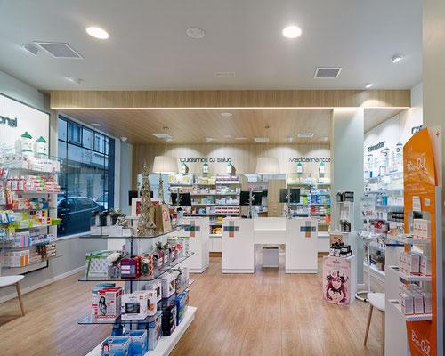 Diseño, proyecto y reforma farmacia Isabel Campo - Ferrol Galicia