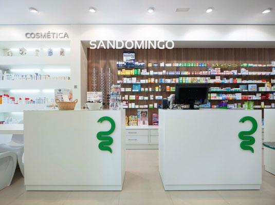 Diseño, proyecto y reforma farmacia Sandomingo - Ortigueira Galicia