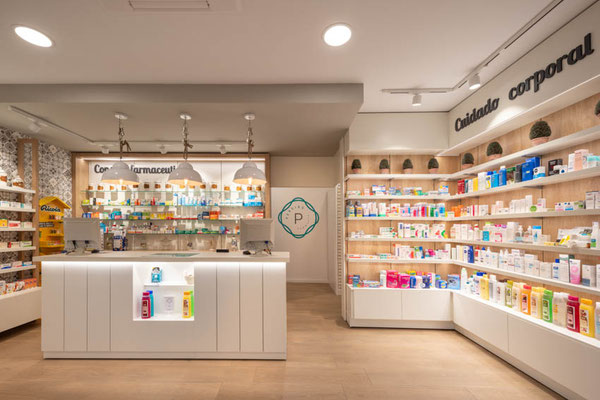 Diseño, proyecto y reforma farmacia A Gudiña-  Ourense - Galicia
