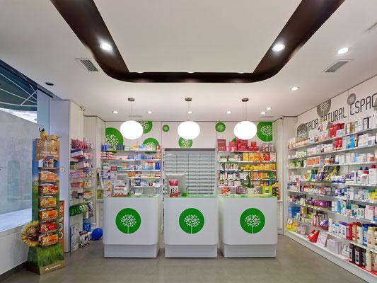Diseño, proyecto y reforma farmacia Fontiñas - Santiago Galicia
