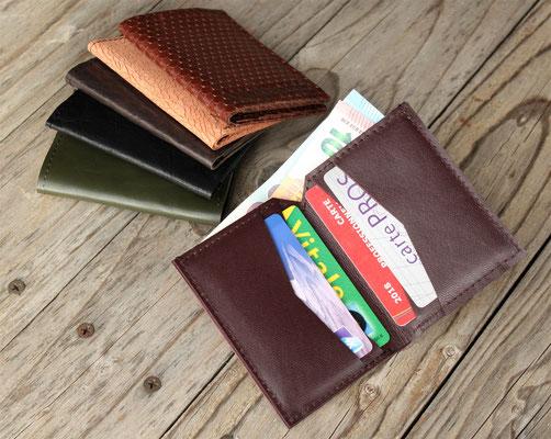 Porte-cartes artisanal en cuir