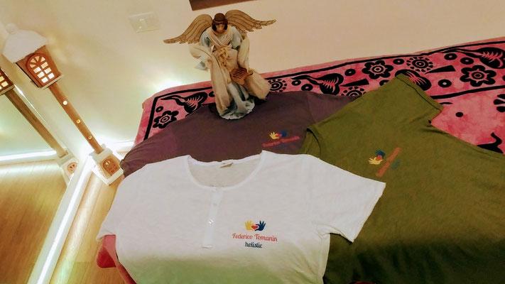 Le magliette di Federico Tomanin Holistic