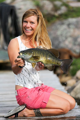 Babs mit Smallmouthbass