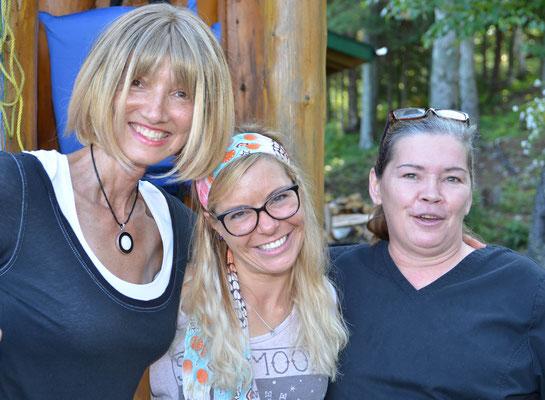 Susan, Maureen, Babs Kijewski, Lodge 88