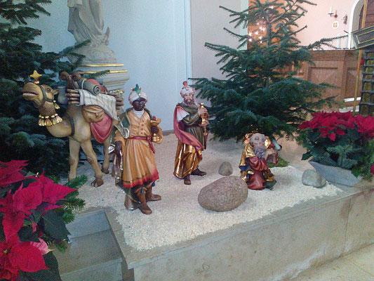 Die Heiligen drei Könige auf dem Weg zur Krippe